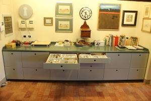Abitazione a Venezia, mobile cucina in corian, Arch. Franca Semi