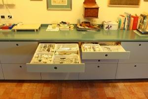 Abitazione a Venezia, mobile cucina in corian, Arch. Franca Semi 1