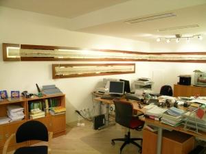 Ufficio a Lugano, cornice per portolano, Arch. Carlo Capovilla
