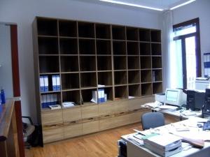 Ufficio a Venezia, libreria in noce, Arch. Carlo Capovilla